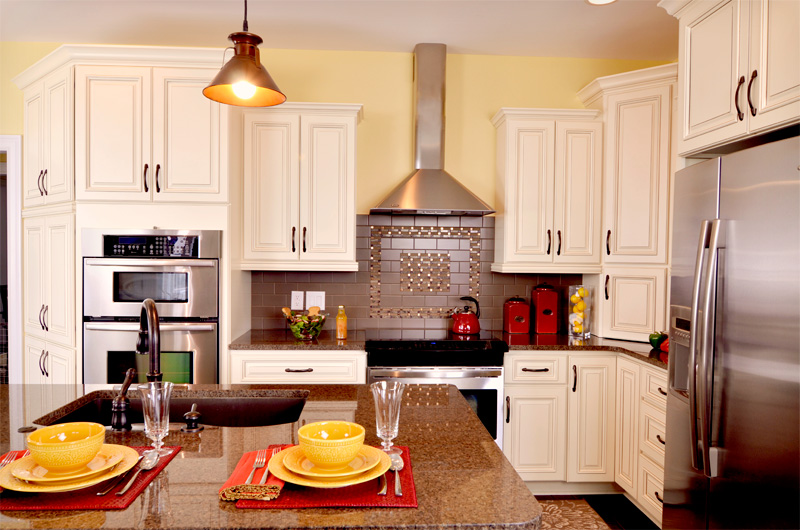 Quick Ship Kitchen Cabinetry - BlueStar Home Warehouse - Kitchen ...